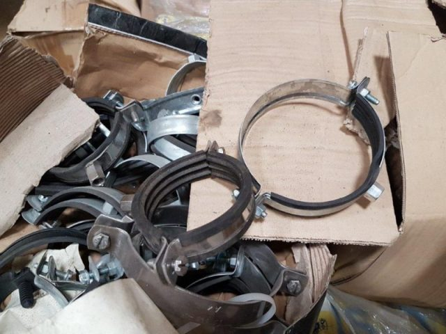 1,6M Clamps Stock